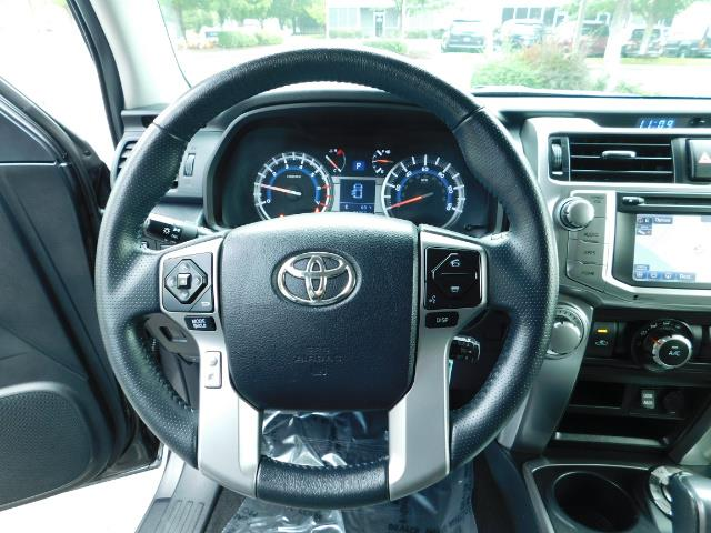 2016 Toyota 4Runner SR5 / 4X4 / Navigation / Back up camera / Execl Co - Photo 38 - Portland, OR 97217