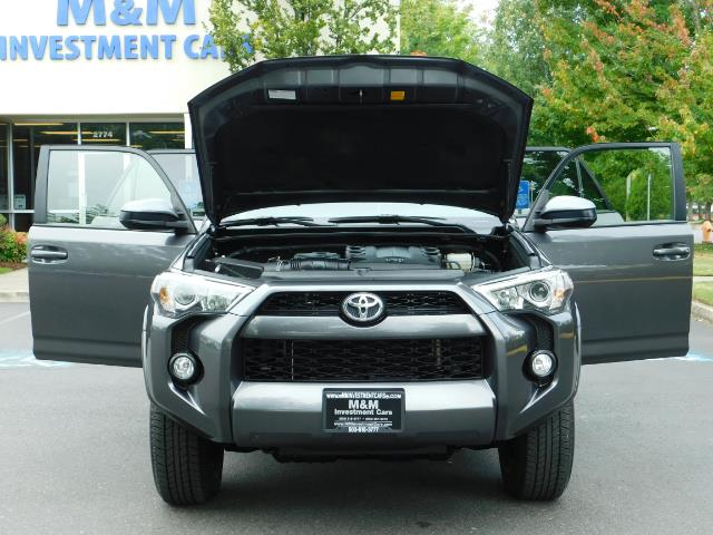 2016 Toyota 4Runner SR5 / 4X4 / Navigation / Back up camera / Execl Co - Photo 31 - Portland, OR 97217