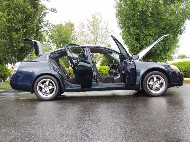 2005 Nissan Altima 3.5 SE / Sedan / Automatic / 6 Cyl - Photo 24 - Portland, OR 97217