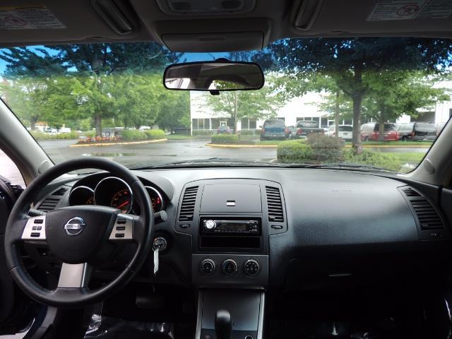 2005 Nissan Altima 3.5 SE / Sedan / Automatic / 6 Cyl - Photo 35 - Portland, OR 97217