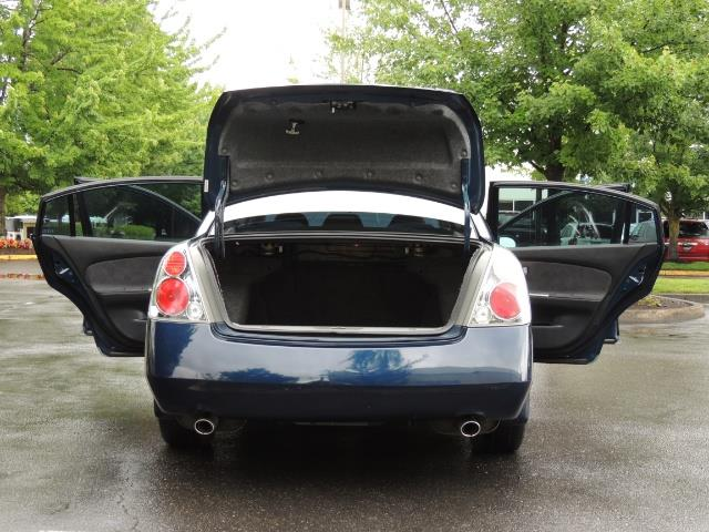 2005 Nissan Altima 3.5 SE / Sedan / Automatic / 6 Cyl - Photo 28 - Portland, OR 97217