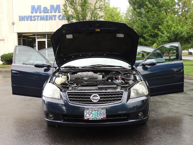 2005 Nissan Altima 3.5 SE / Sedan / Automatic / 6 Cyl - Photo 31 - Portland, OR 97217
