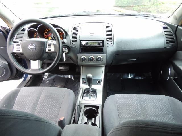 2005 Nissan Altima 3.5 SE / Sedan / Automatic / 6 Cyl - Photo 20 - Portland, OR 97217