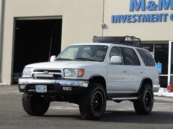 1999 Toyota 4Runner 4WD 5 SPEED / XD WHEELS + MUD TIRES LIFTED !!! SUV