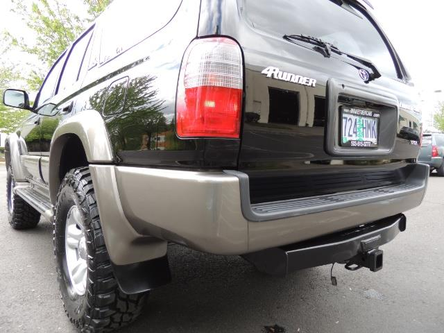 1999 Toyota 4Runner Limited 4WD / V6 / Leather / Sunroof / LIFTED - Photo 11 - Portland, OR 97217