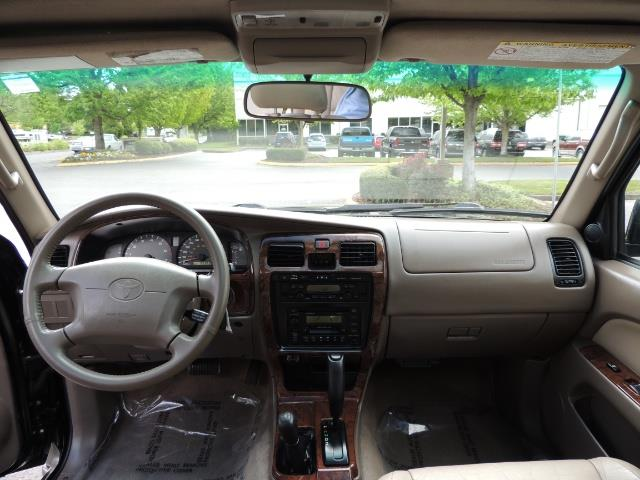 1999 Toyota 4Runner Limited 4WD / V6 / Leather / Sunroof / LIFTED - Photo 18 - Portland, OR 97217