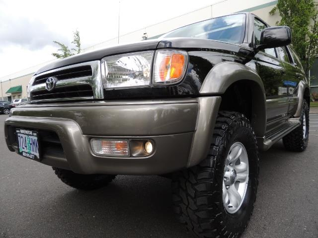 1999 Toyota 4Runner Limited 4WD / V6 / Leather / Sunroof / LIFTED - Photo 10 - Portland, OR 97217