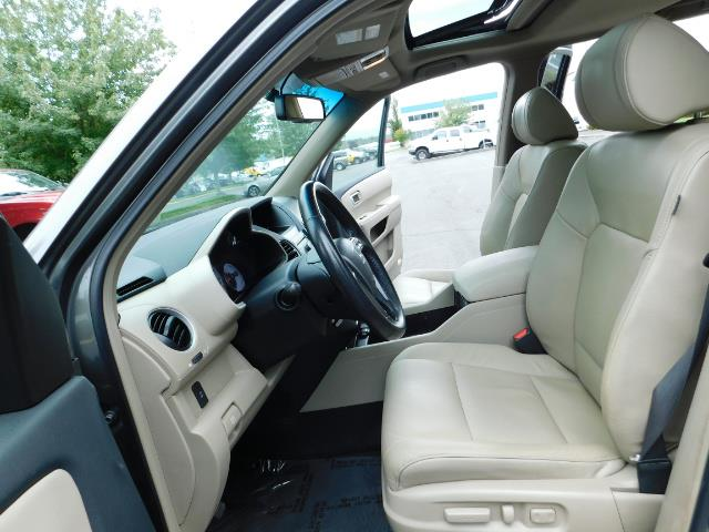 2009 Honda Pilot EX-L ALL WHEEL DRIVE / 3RD SEAT LEATHER / 1-OWNER - Photo 14 - Portland, OR 97217