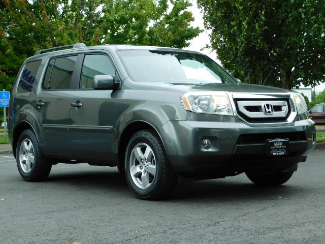 2009 Honda Pilot EX-L ALL WHEEL DRIVE / 3RD SEAT LEATHER / 1-OWNER - Photo 2 - Portland, OR 97217