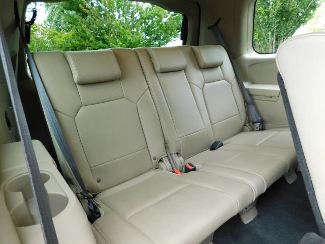 2009 Honda Pilot EX-L ALL WHEEL DRIVE / 3RD SEAT LEATHER / 1-OWNER - Photo 17 - Portland, OR 97217