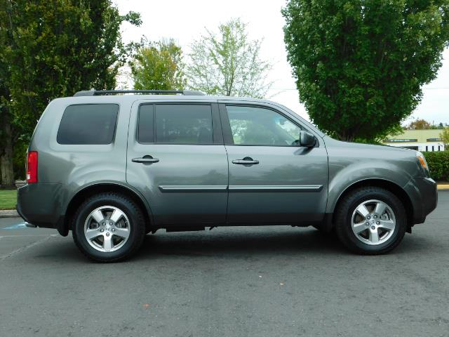 2009 Honda Pilot EX-L ALL WHEEL DRIVE / 3RD SEAT LEATHER / 1-OWNER - Photo 4 - Portland, OR 97217