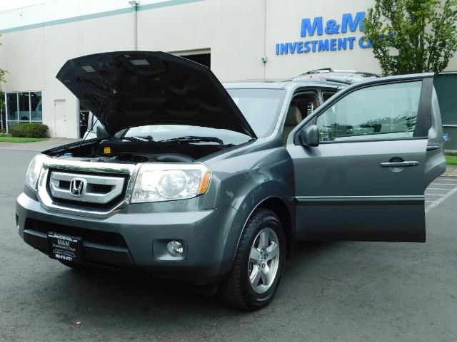 2009 Honda Pilot EX-L ALL WHEEL DRIVE / 3RD SEAT LEATHER / 1-OWNER - Photo 32 - Portland, OR 97217