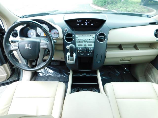 2009 Honda Pilot EX-L ALL WHEEL DRIVE / 3RD SEAT LEATHER / 1-OWNER - Photo 20 - Portland, OR 97217