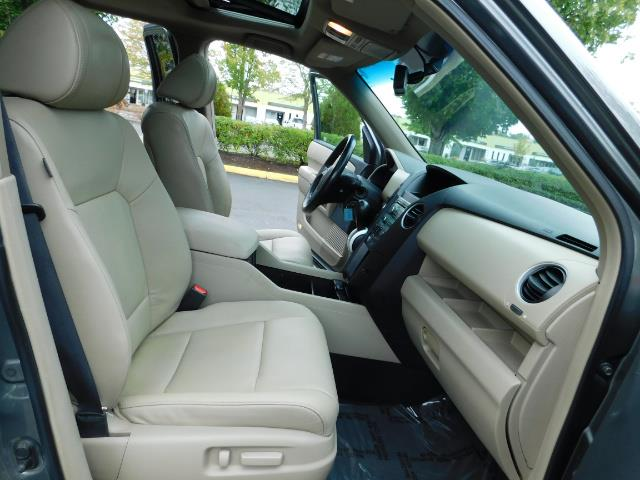 2009 Honda Pilot EX-L ALL WHEEL DRIVE / 3RD SEAT LEATHER / 1-OWNER - Photo 19 - Portland, OR 97217