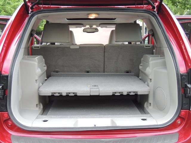 2005 Chevrolet Equinox LT / AWD / Leather / Sunroof / Heated Seats - Photo 18 - Portland, OR 97217