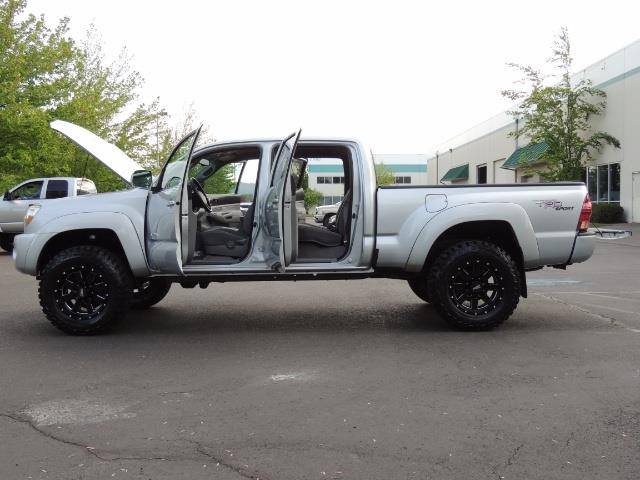 2008 Toyota Tacoma V6 Double Cab / 4X4 / LONGBED / TRD SPORT / LIFTED - Photo 21 - Portland, OR 97217