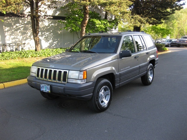1998 jeep grand cherokee laredo 4x4 1 owner very clean. Black Bedroom Furniture Sets. Home Design Ideas