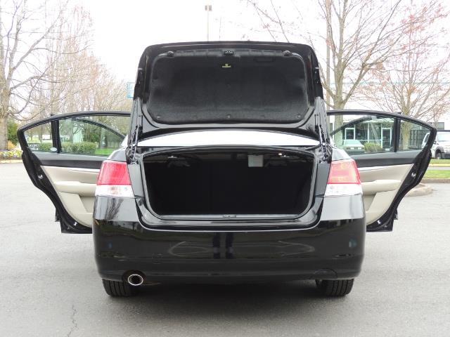 2014 Subaru Legacy 2.5i Premium / AWD / Sedan / 1-OWNER /Heated Seats - Photo 28 - Portland, OR 97217
