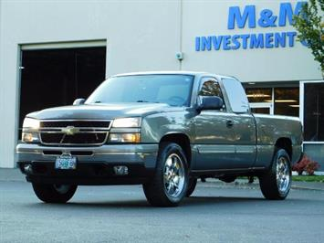 2007 Chevrolet Silverado 1500 Classic LS  4dr Extended Cab / 4X4 / 72K Miles / Excl Cond Truck
