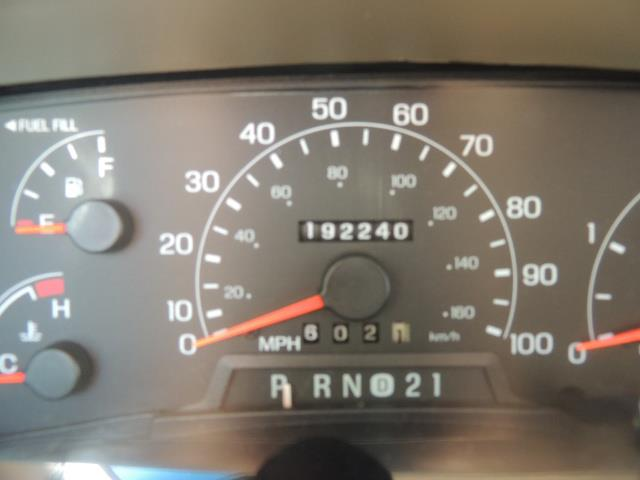 2001 Ford Excursion Limited / 4WD / 7.3L DIESEL / Excel Cond - Photo 41 - Portland, OR 97217