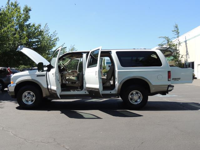 2001 Ford Excursion Limited / 4WD / 7.3L DIESEL / Excel Cond - Photo 26 - Portland, OR 97217