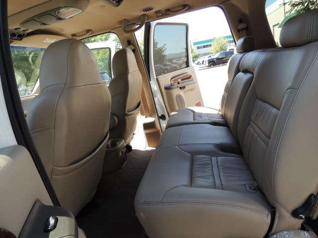 2001 Ford Excursion Limited / 4WD / 7.3L DIESEL / Excel Cond - Photo 15 - Portland, OR 97217