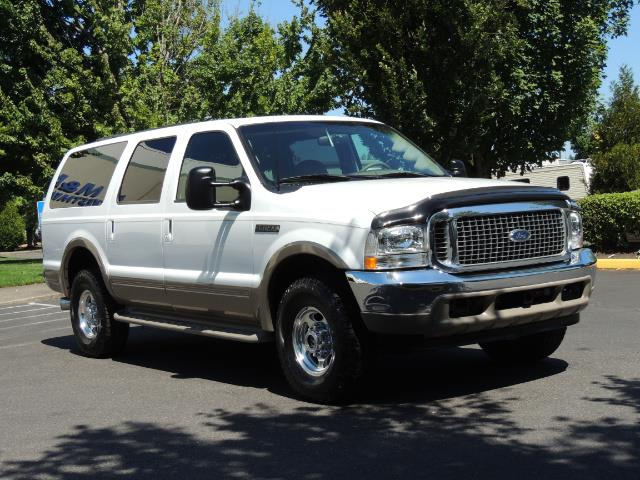 2001 Ford Excursion Limited / 4WD / 7.3L DIESEL / Excel Cond - Photo 2 - Portland, OR 97217