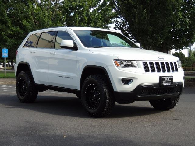 2015 Jeep Grand Cherokee Laredo / Sport Utility / 4WD / LIFTED LIFTED - Photo 2 - Portland, OR 97217