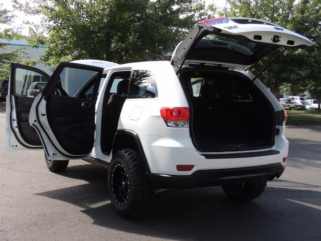 2015 Jeep Grand Cherokee Laredo / Sport Utility / 4WD / LIFTED LIFTED - Photo 28 - Portland, OR 97217