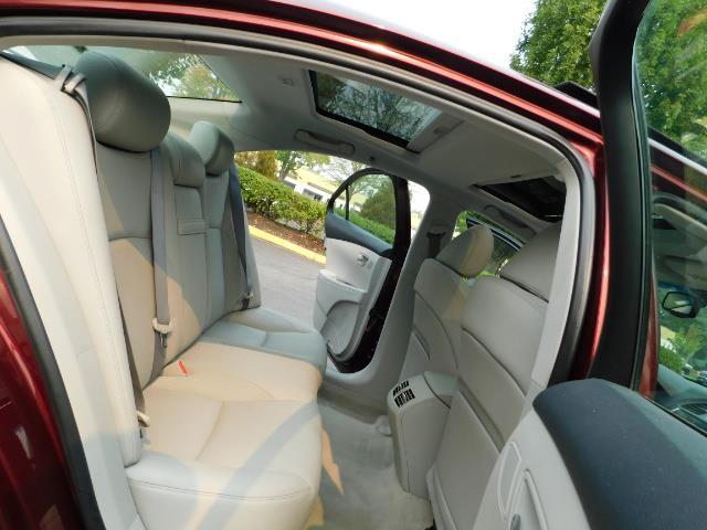 2007 Lexus ES 350 / Premium Plus / Pano Sunroof / Adaptive Cruis - Photo 16 - Portland, OR 97217