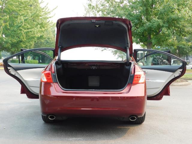 2007 Lexus ES 350 / Premium Plus / Pano Sunroof / Adaptive Cruis - Photo 28 - Portland, OR 97217
