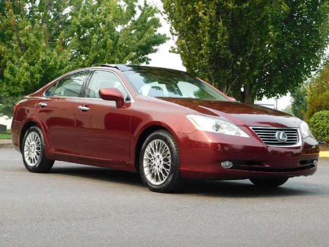 2007 Lexus ES 350 / Premium Plus / Pano Sunroof / Adaptive Cruis - Photo 2 - Portland, OR 97217