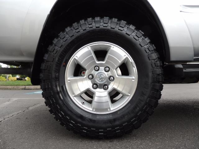 "2004 Toyota 4Runner SR5 SPORT 4WD LEATHER /LIFTED 33 ""MUD 2-OWNER 6CYL - Photo 41 - Portland, OR 97217"