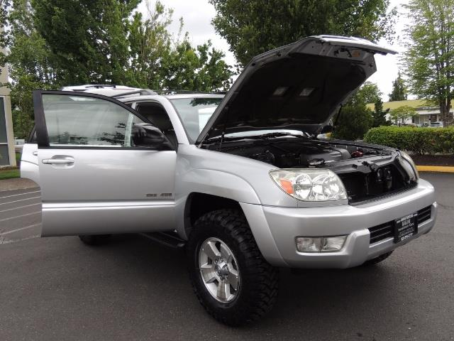 "2004 Toyota 4Runner SR5 SPORT 4WD LEATHER /LIFTED 33 ""MUD 2-OWNER 6CYL - Photo 29 - Portland, OR 97217"