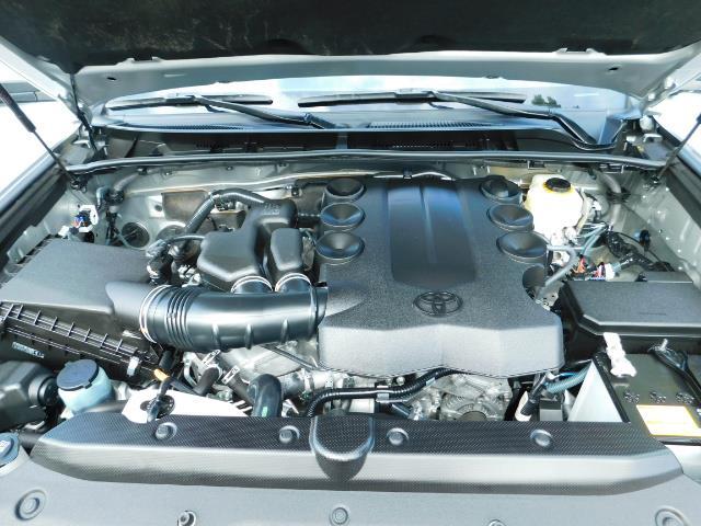 2016 Toyota 4Runner SR5 / 4WD / Navigation / backup camera / LIFTED - Photo 33 - Portland, OR 97217