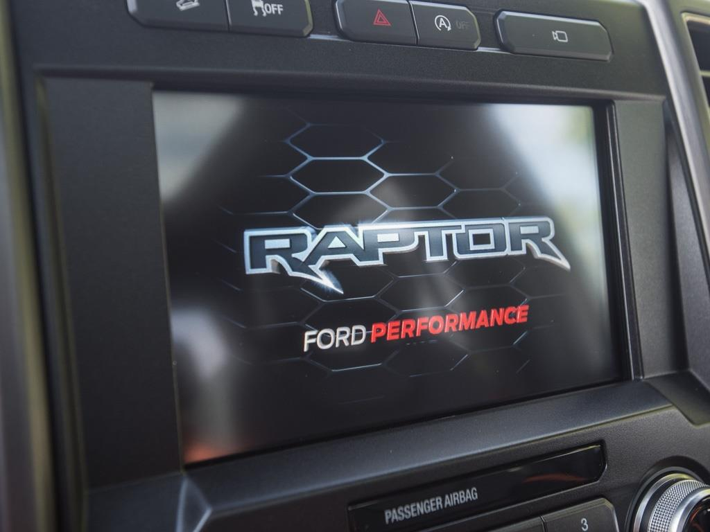 2017 Ford F-150 Raptor - Photo 14 - Springfield, MO 65802