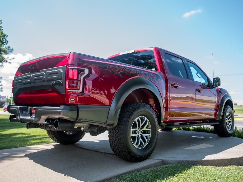 2017 Ford F-150 Raptor - Photo 9 - Springfield, MO 65802