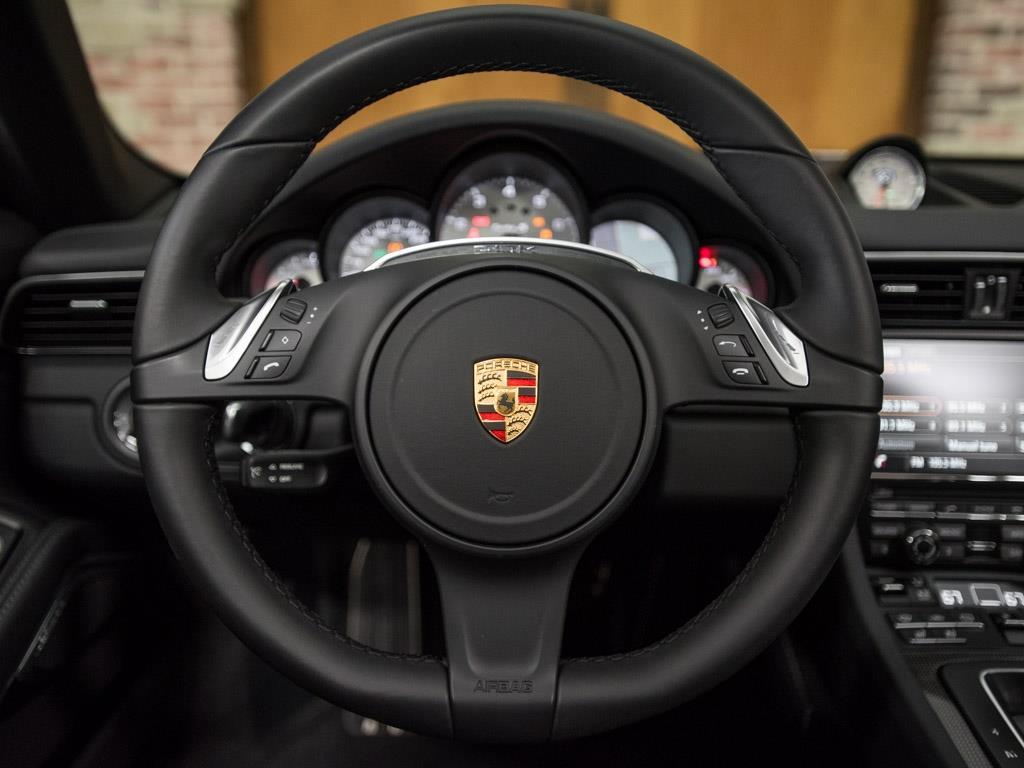 2015 Porsche 911 Turbo S - Photo 26 - Springfield, MO 65802