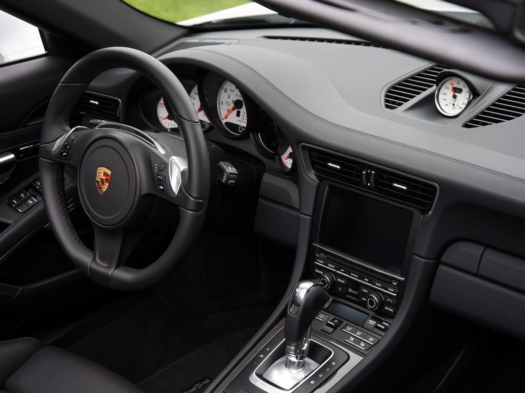 2015 Porsche 911 Turbo S - Photo 19 - Springfield, MO 65802