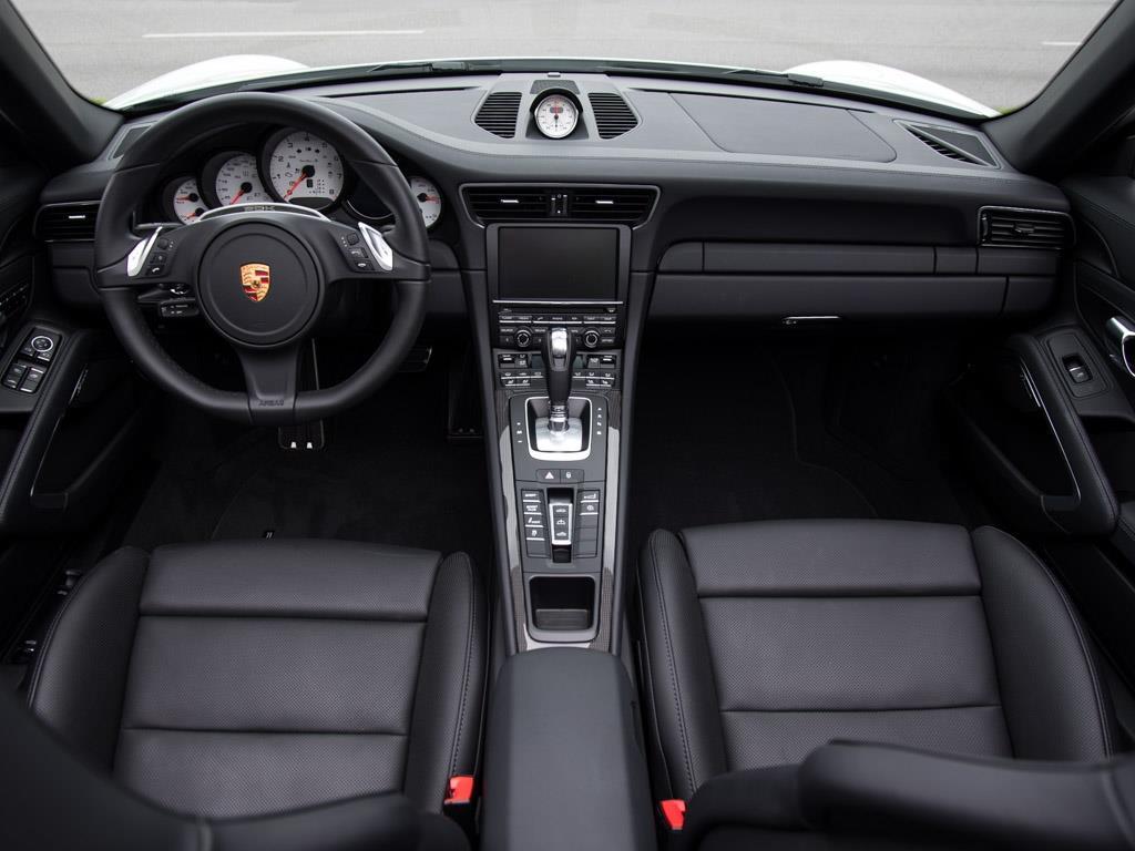 2015 Porsche 911 Turbo S - Photo 18 - Springfield, MO 65802