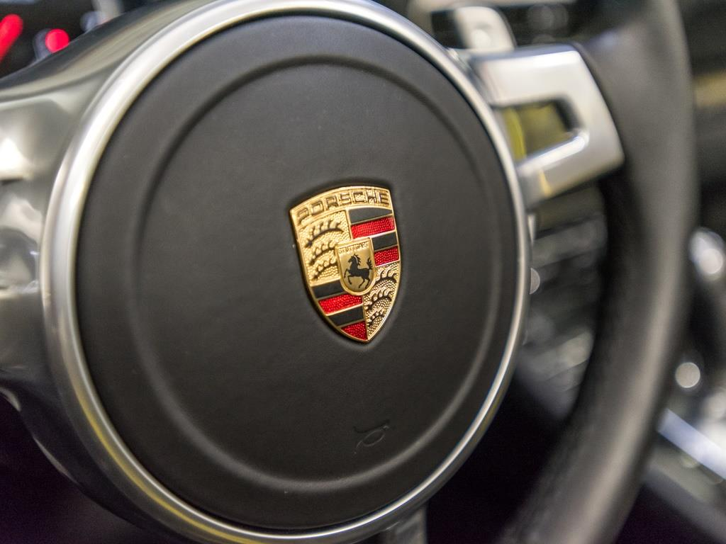 2015 Porsche 911 Turbo S - Photo 11 - Springfield, MO 65802
