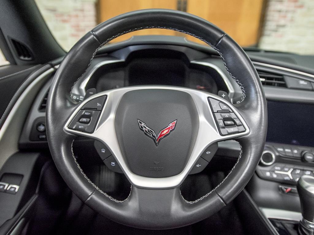 2014 Chevrolet Corvette Stingray Z51 - Photo 8 - Springfield, MO 65802