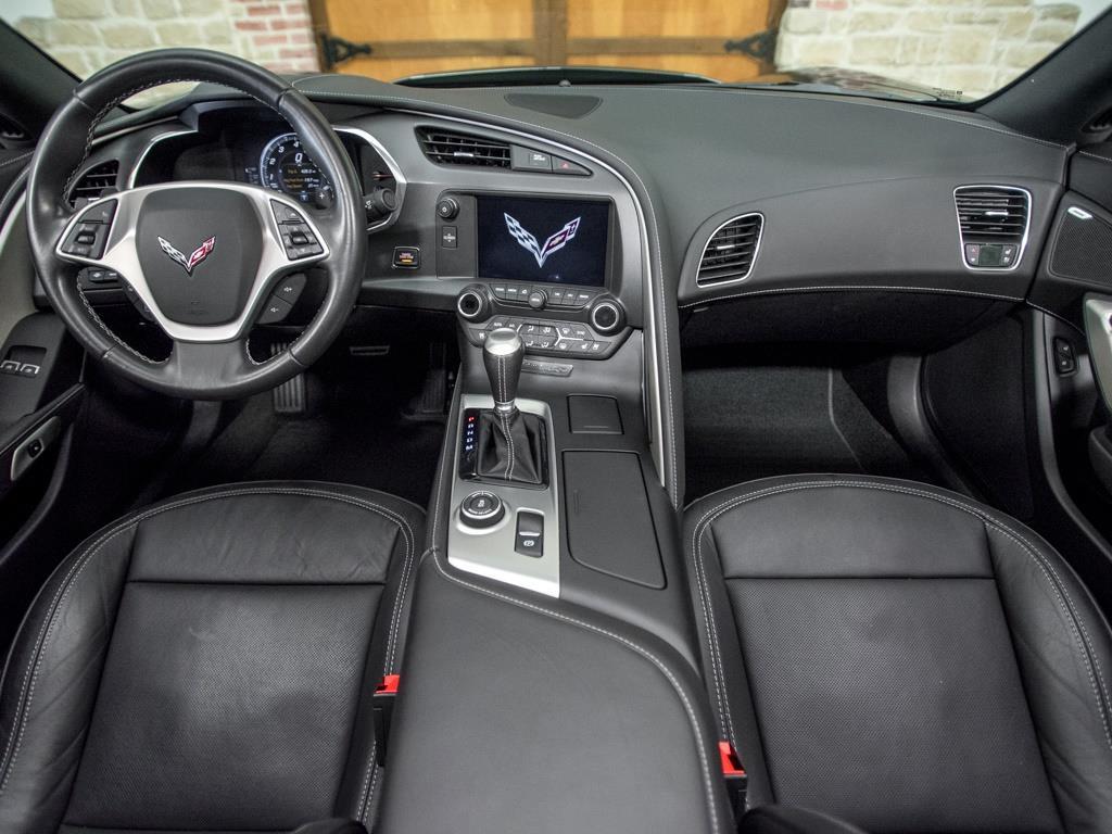 2014 Chevrolet Corvette Stingray Z51 - Photo 2 - Springfield, MO 65802