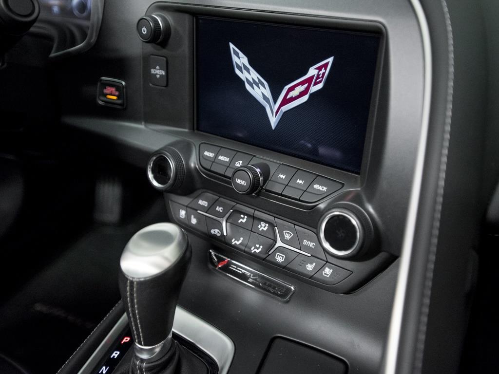 2014 Chevrolet Corvette Stingray Z51 - Photo 11 - Springfield, MO 65802