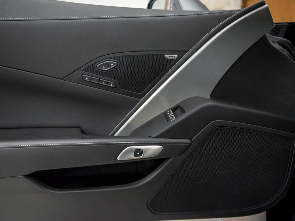 2014 Chevrolet Corvette Stingray Z51 - Photo 16 - Springfield, MO 65802