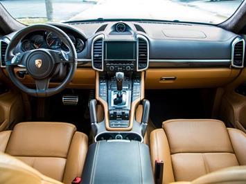 2014 Porsche Cayenne Turbo S SUV