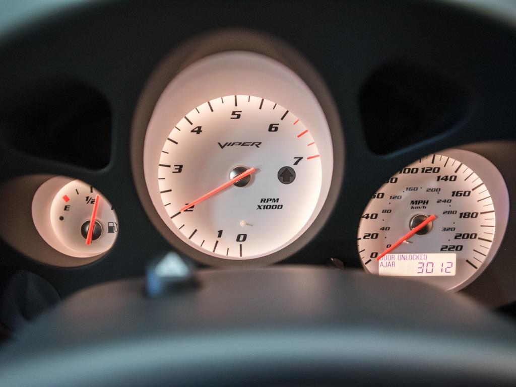 2009 Dodge Viper SRT 10 - Photo 13 - Springfield, MO 65802