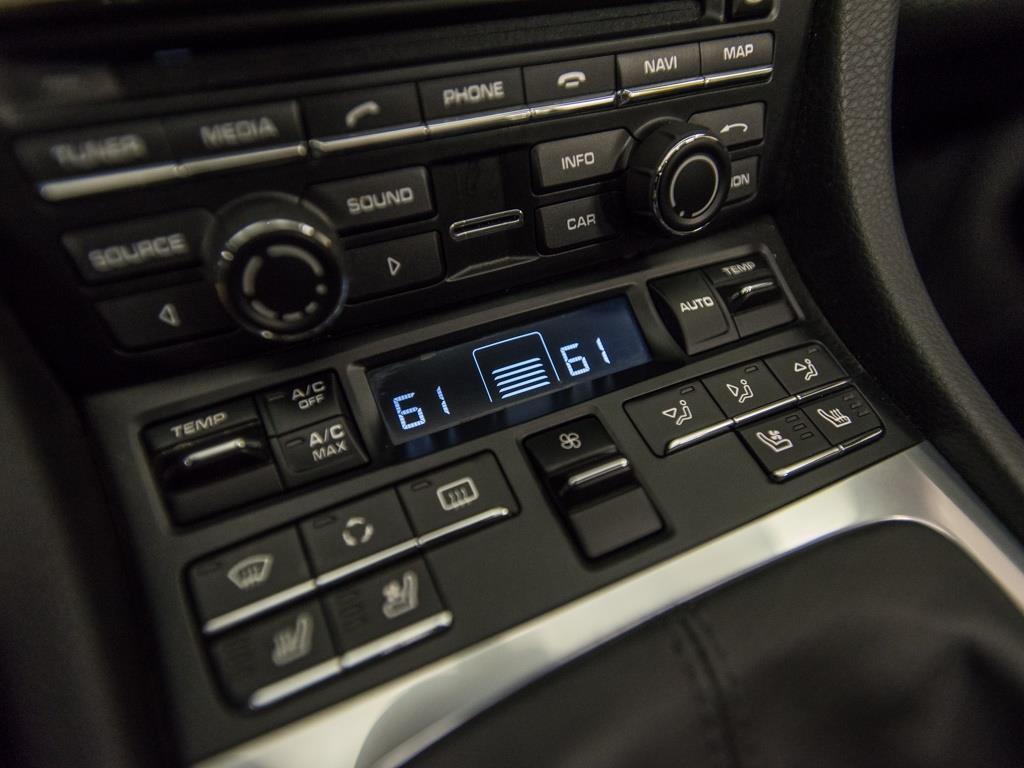 2012 Porsche 911 Carrera S - Photo 16 - Springfield, MO 65802