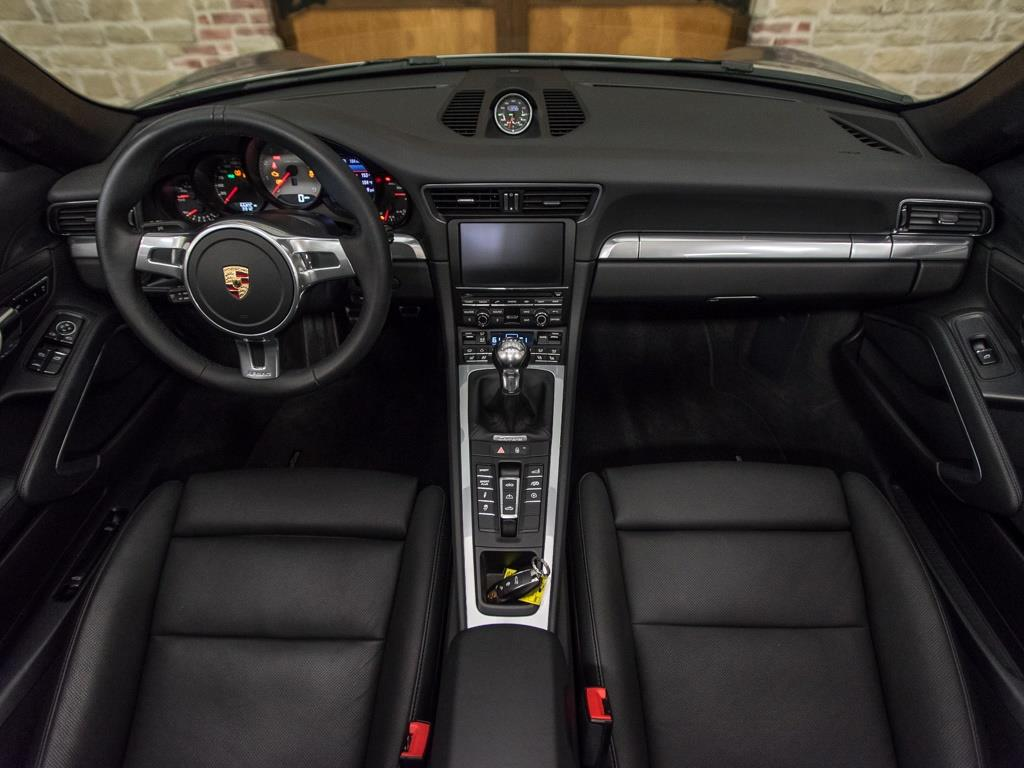 2012 Porsche 911 Carrera S - Photo 2 - Springfield, MO 65802