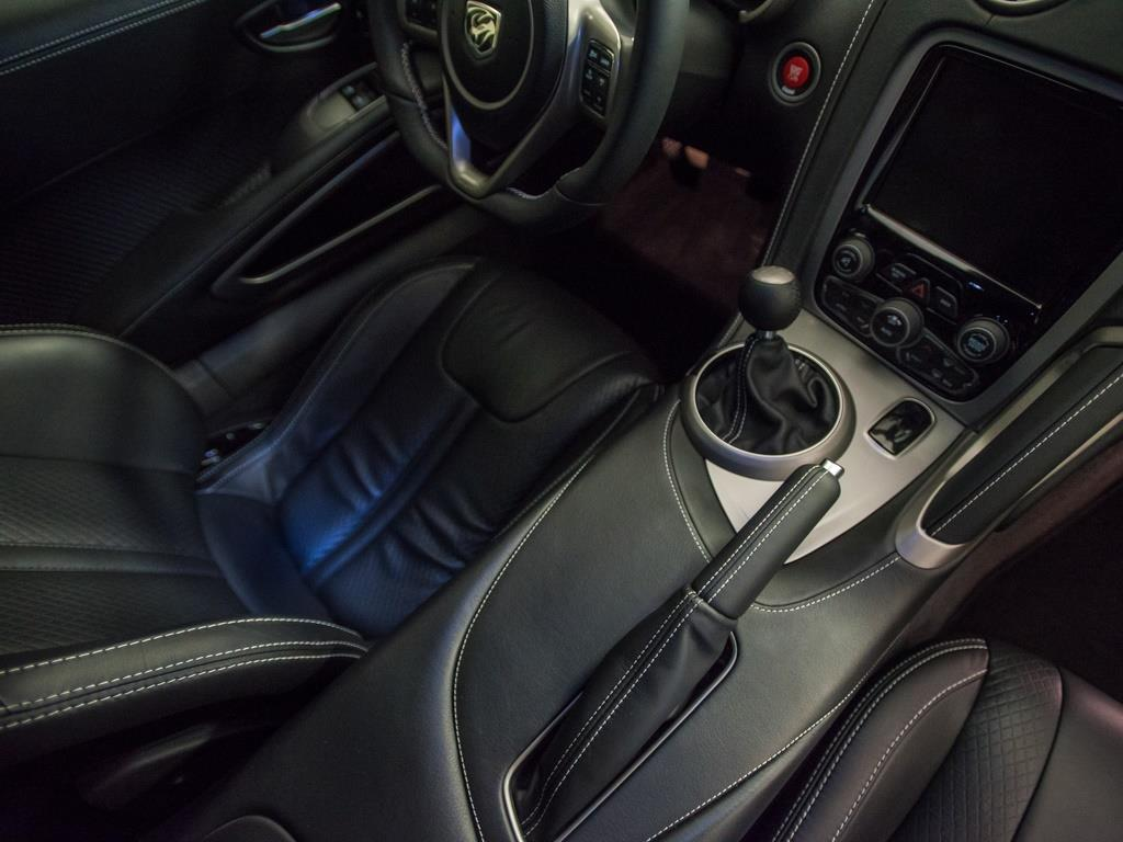 2014 Dodge SRT Viper GTS - Photo 16 - Springfield, MO 65802